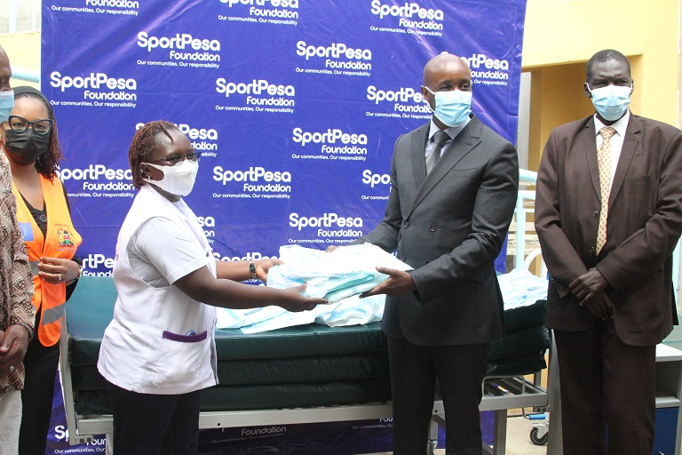 On Friday morning, SportPesa boosted the Riruta Health Center with a massive donation to aid in the development of their new maternity wing.