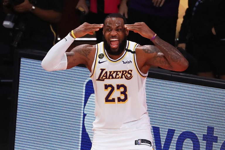 Champions LA Lakers face early play-off exit after humiliating defeat to Phoenix Suns while Brooklyn Nets clinch 4-1 win against the Celtics.