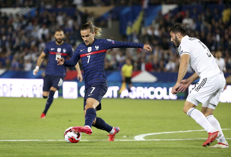 France are desperate to return to winning ways when they take on Ukraine in World Cup Qualifying on Saturday evening.
